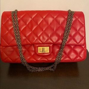 Chanel reissue red 227